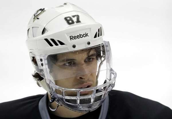The Pittsburgh Penguins' Sidney Crosby participates in practice