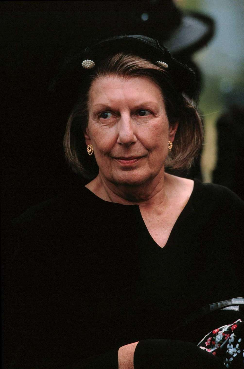 Livia Soprano (Nancy Marchand): Need a reason why