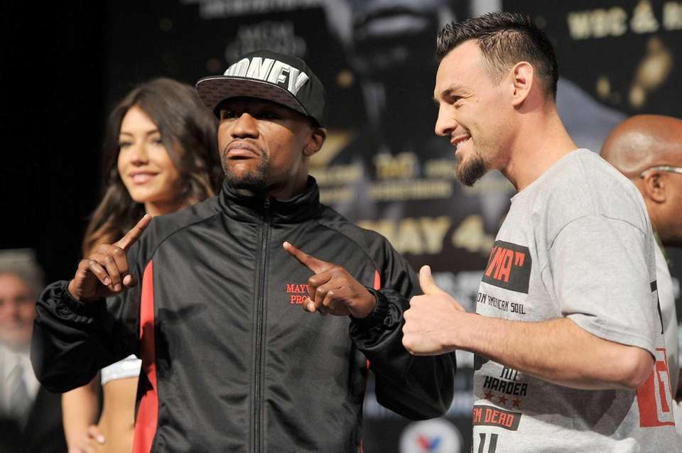 LAS VEGAS, NV - MAY 01: Boxers Floyd