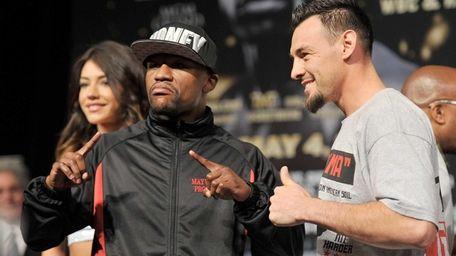 LAS VEGAS, NV - MAY 01: Boxers Floyd