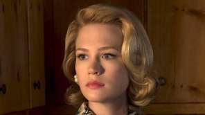Betty Francis/Betty Draper (January Jones): This mother of