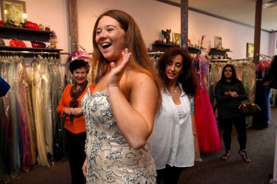 Danielle Trotta, 17, this year's lovely Project Prom