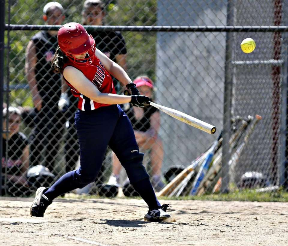 Sabrina Stransky's two out single to centerfield in