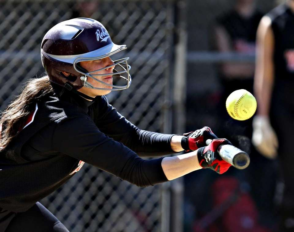 Jess Parente's bunt attempt goes foul in the