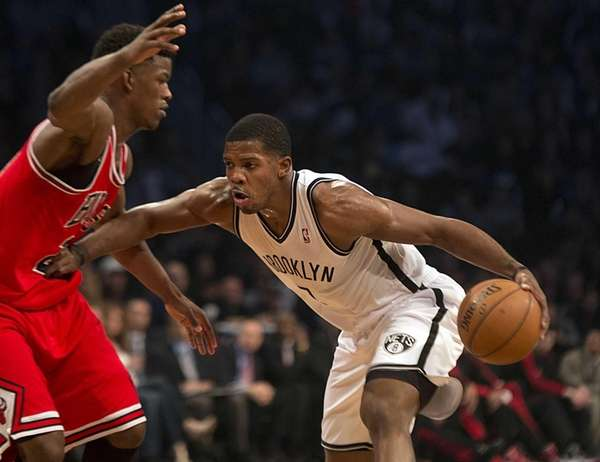 Nets' Joe Johnson tries to get some space
