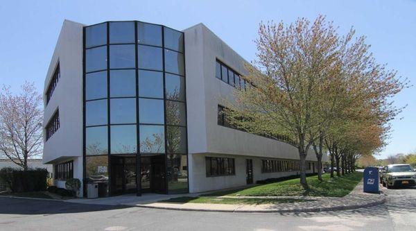 The building at 3900 Veterans Memorial Hwy. in