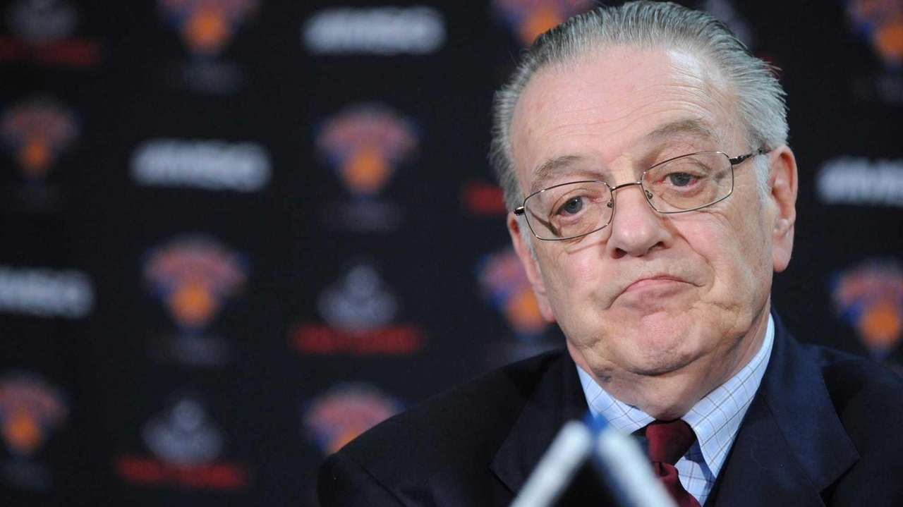 Then-Knicks president Donnie Walsh talks during a press