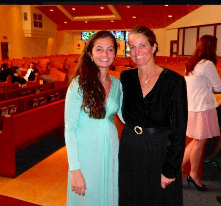 Anne Gassner with daughter Olivia Gassner, 17. We