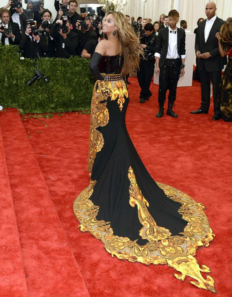 Beyoncé attends the Costume Institute Benefit at The
