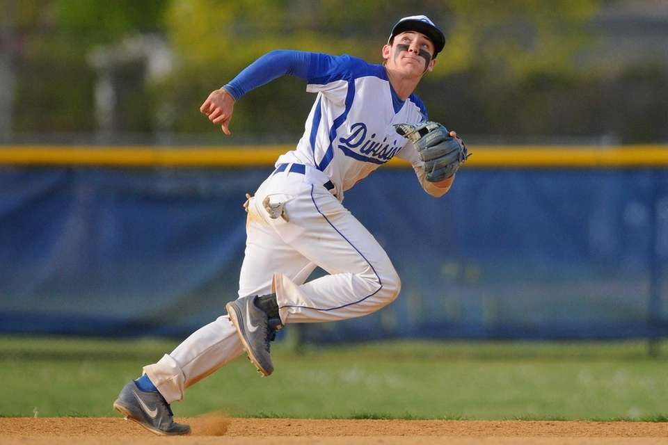 Division shortstop Joe Spitaleri reacts to a shallow