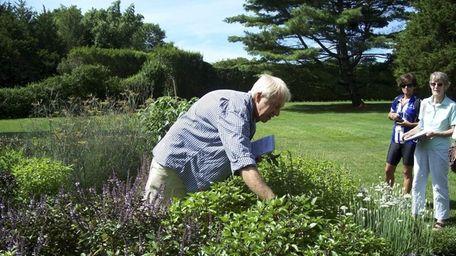 Master gardener Rick Bogusch teaches Vegetable Gardening 101