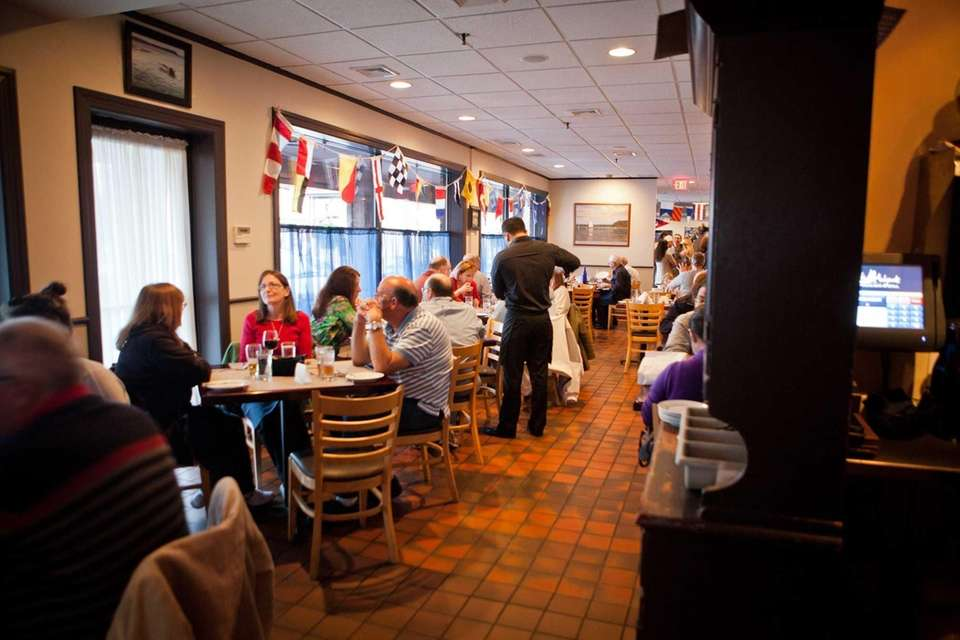 Jack Halyards American Bar & Grill restaurant in
