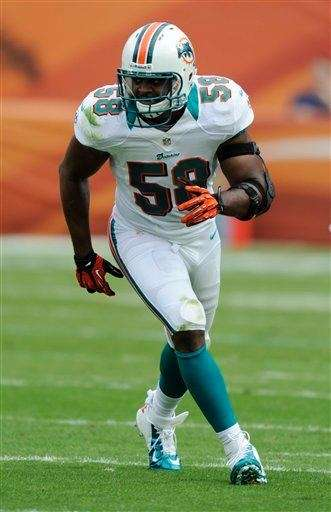 Miami Dolphins middle linebacker Karlos Dansby (58) looks