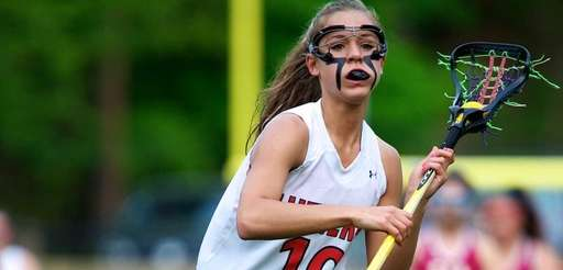 Long Island Lutheran junior Nicole Sinacori carries the
