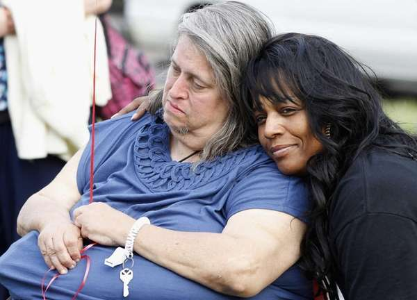 Deborah Knight, grandmother of Michelle Knight, is hugged
