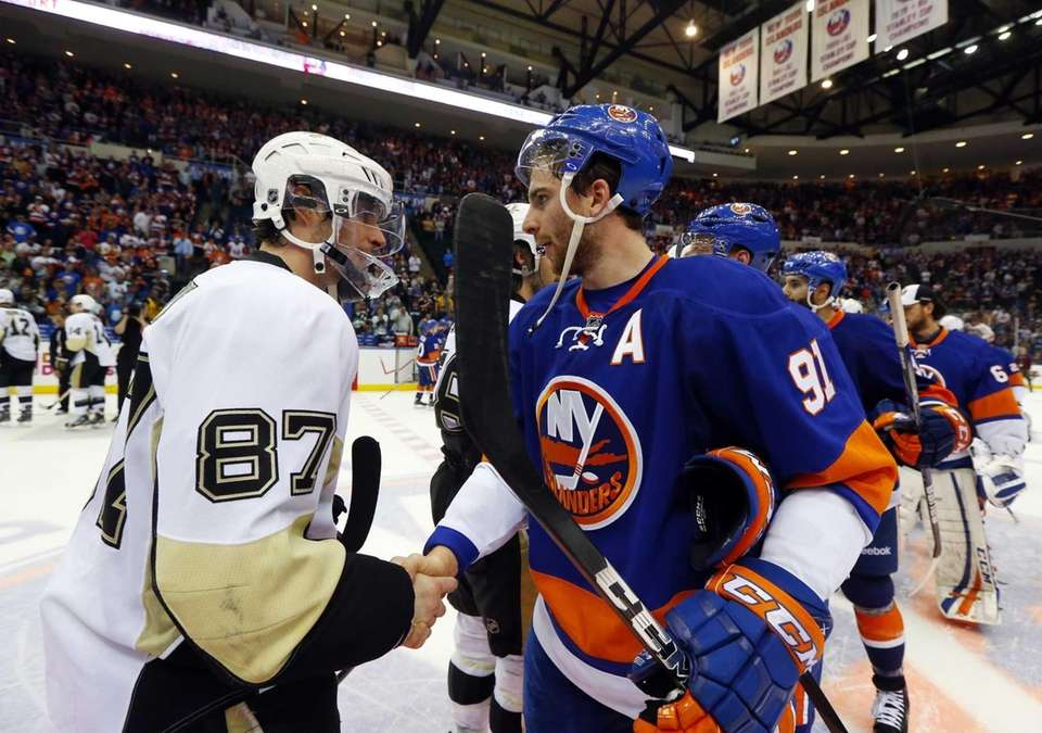 John Tavares of the Islanders and Sidney Crosby