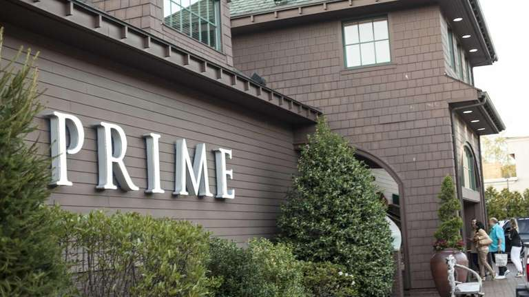 PRIME, Huntington: Prime is a high-style, waterside restaurant