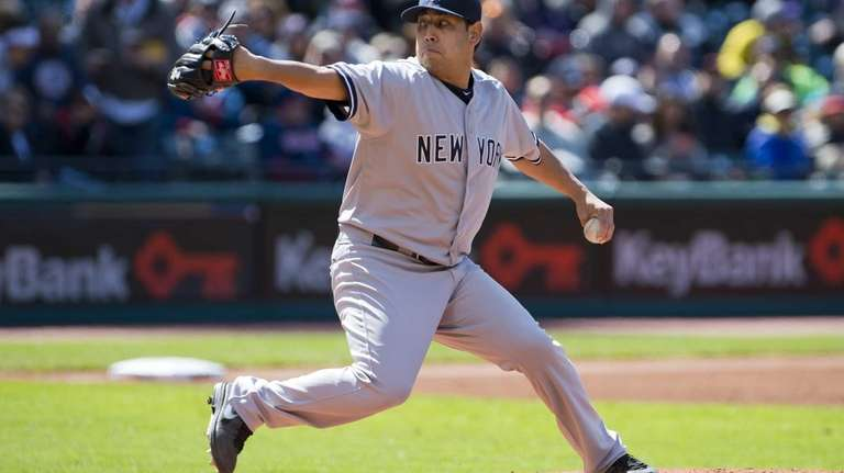Vidal Nuno delivers a pitch during the second