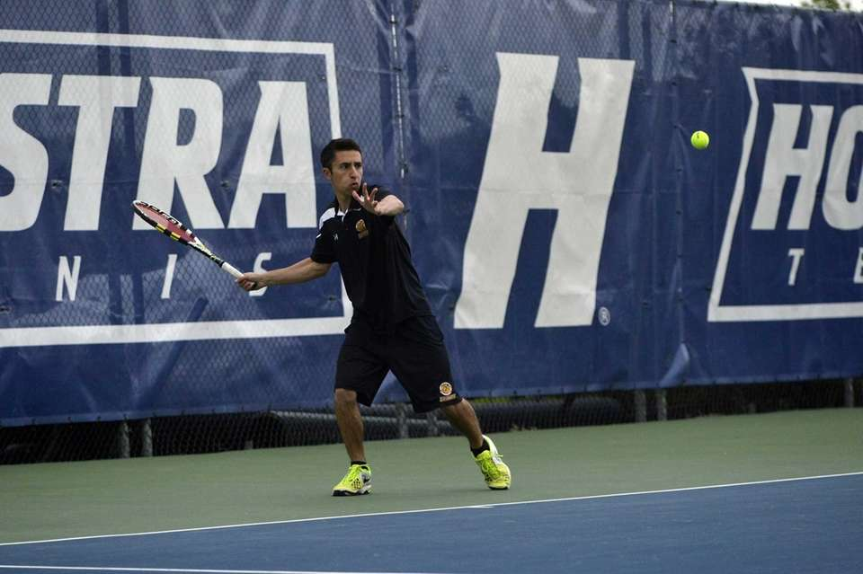 St. Anthony's John D'Alessandro returns a forehand to