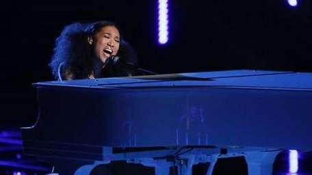 Judith Hill performs on Top 12 night of