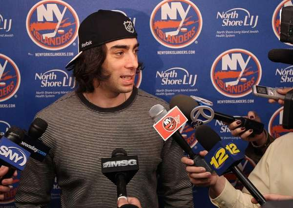 Matt Moulson of the Islanders speaks to the