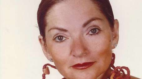 Lillian Gordon, 84, a wife, mother and artist,