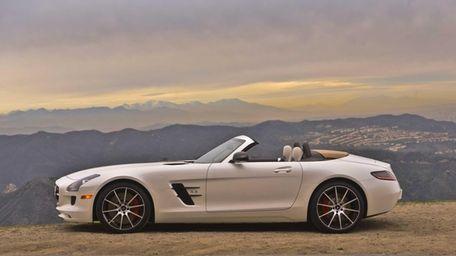 The design of the 2013 Mercedes-Benz SLS AMG