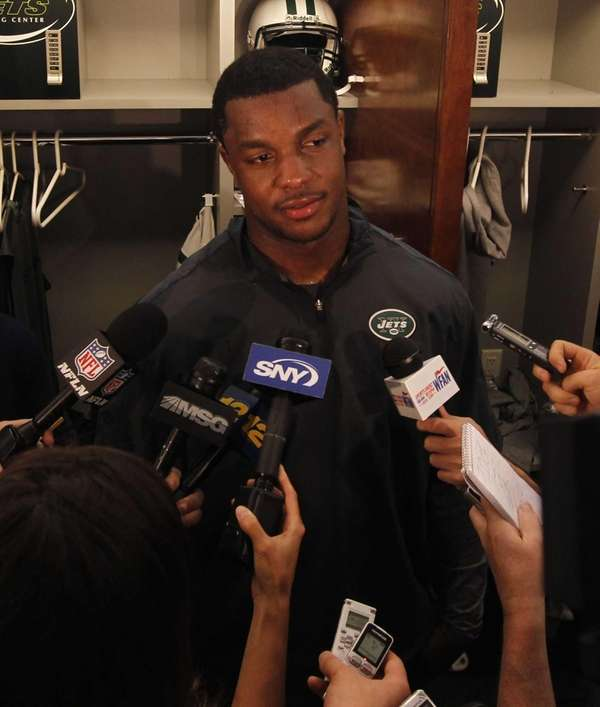 Jets defensive end/linebacker Quinton Coples speaks to the
