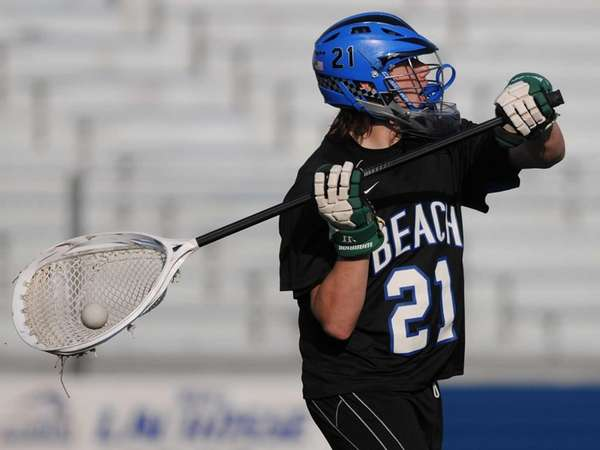 Long Beach goalie Sam Weiss looks to make