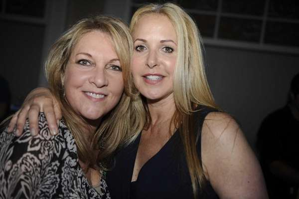 Laurie Schwartz, left, and Elise Tomashoff at the