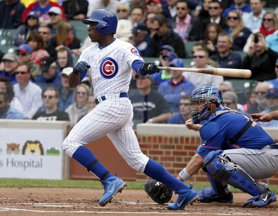 Chicago Cubs' Alfonso Soriano hits an RBI single