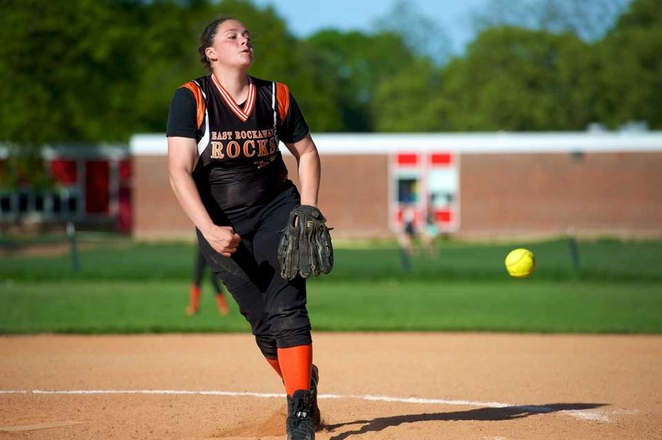 East Rockaway pitcher Gianna Cilluffo delivers a pitch