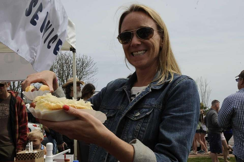 Danielle Ryniker and her hot dogs at the