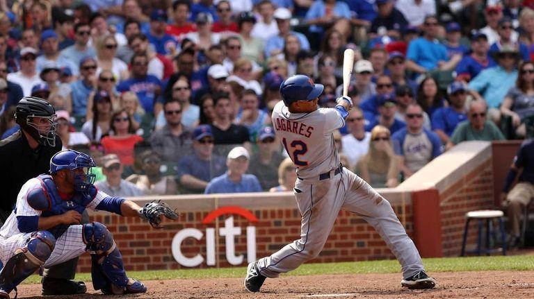 Juan Lagares hits a two-run home run in