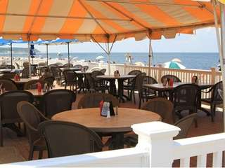 The Cedar Beach Bar & Grille in Mount
