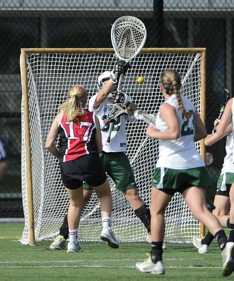 Syosset attacker Delaney O'Keefe scores a second goal