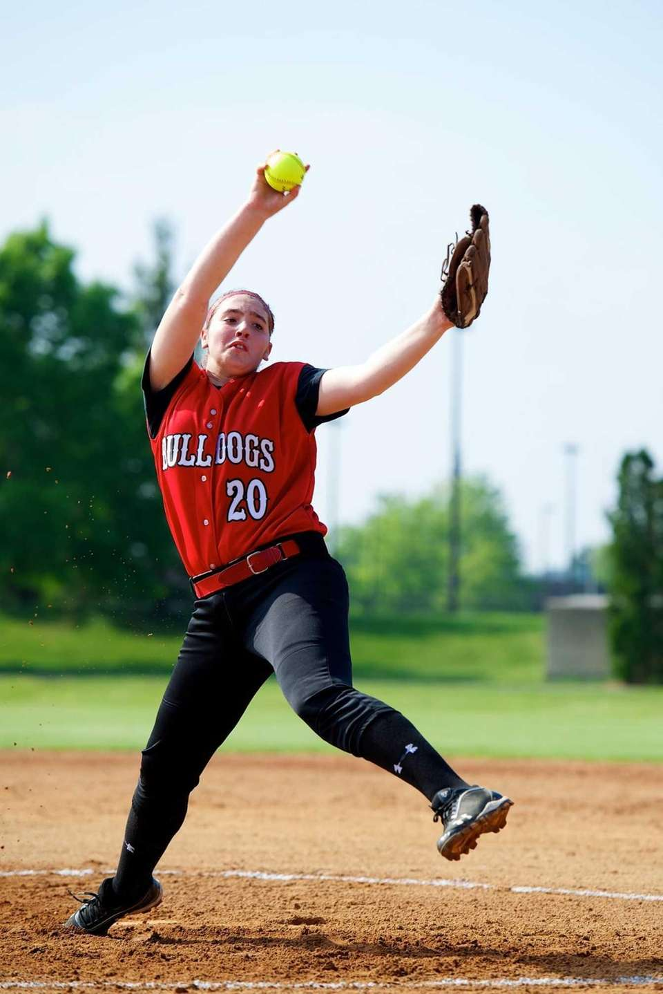 Island Trees's pitcher Alannah Basile (20) winds up