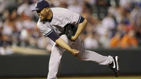 Mariano Rivera picked up his 16th save of
