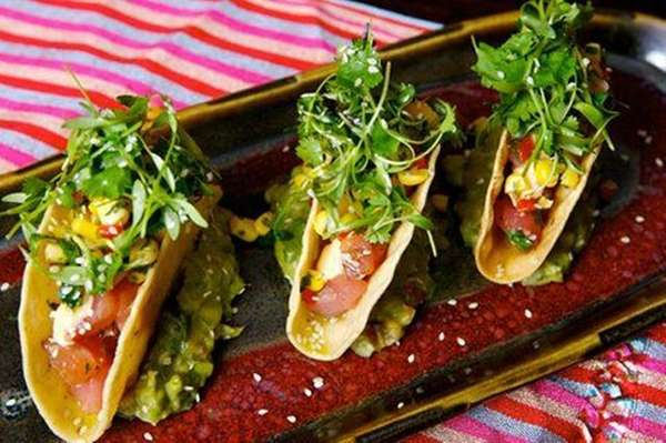 Mini tuna tacos are one option at Mercado