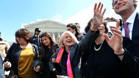 83-year-old lesbian widow Edie Windsor greets same-sex marriage