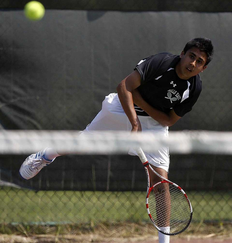 Hills East's first singles player Zain Ali follows
