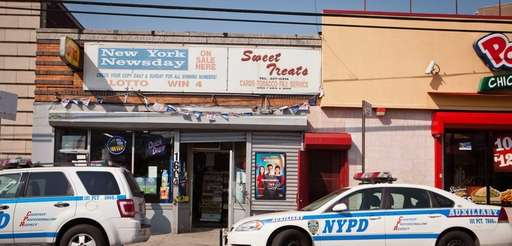 NYPD mantains a police presence in Far Rockaway
