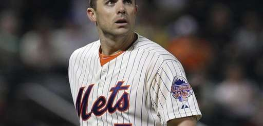 David Wright reacts after making the third out