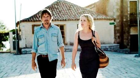 Ethan Hawke, left, and Julie Delpy in