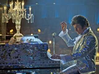 Michael Douglas plays showman Liberace in