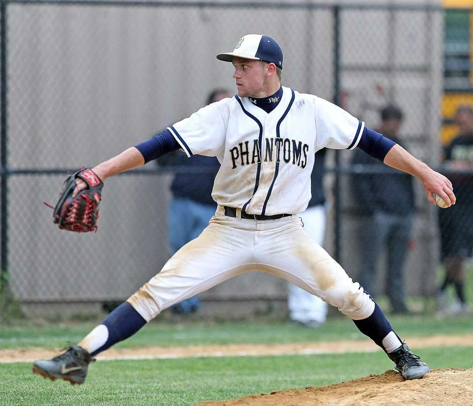Bayport-Blue Point pitcher Jack Piekos pitches against Sayville.