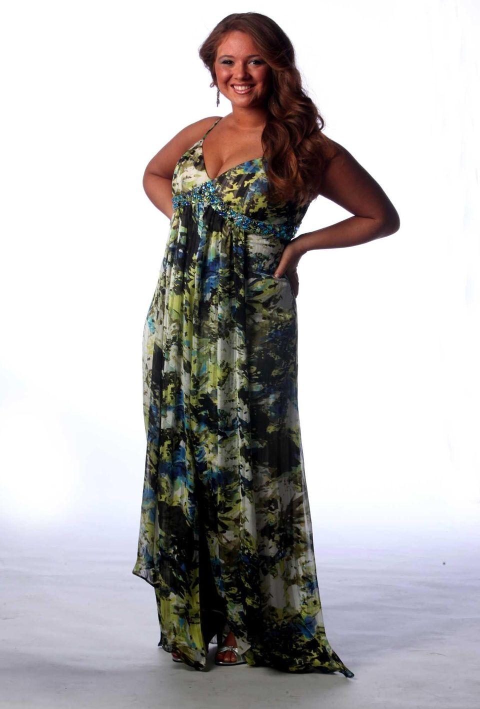 Danielle Trotta, 2013 Project Prom winner.