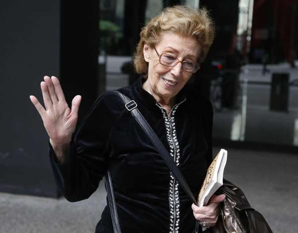 Jacqueline Goldberg, 87, leaves federal court in Chicago