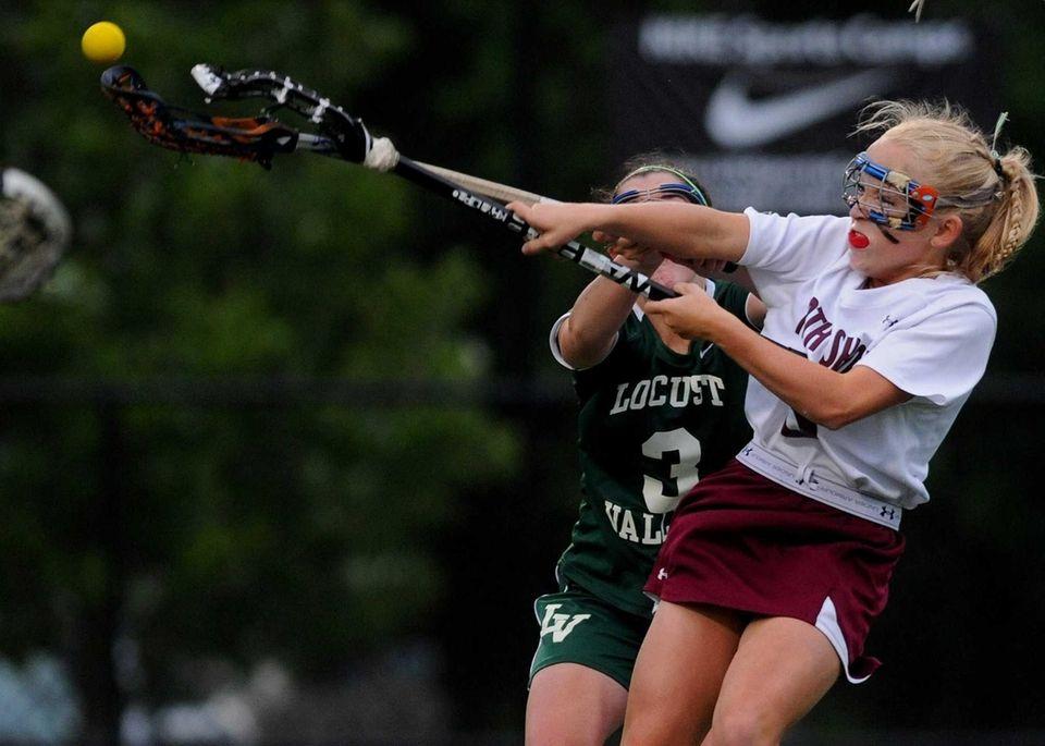 North Shore's Meg Brennan scores on a free