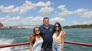 Actor Steve Schirripa has penned a new book